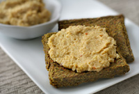Raw Vegan Creamy Zinger Garlic Spread