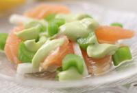 Raw Vegan Grapefruit-Jicama Salad with Creamy Avocado Dressing