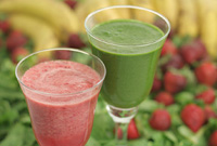 Raw Vegan Strawberry Banana Jump-Start & Old Faithful Smoothies